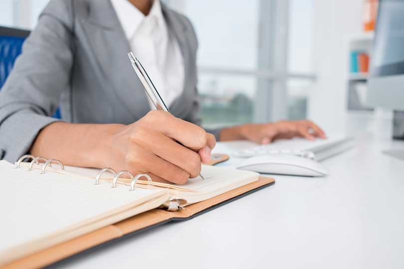 5-Tips-For-Landing-an-Administrative-Assistant-Job
