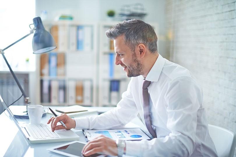 6-Ways-Older-Job-Seekers-Can-Overcome-Age-Bias