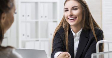 make-winning-small-talk-in-a-job-interview