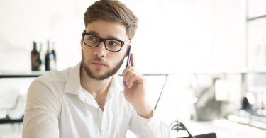 How-to-job-hunt-without-your-boss-finding-out