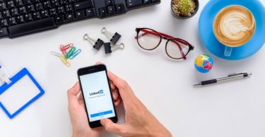 how-to-update-your-linkedin-profile-in-2018