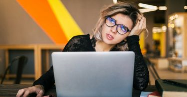 What-to-do-when-you-hate-your-job-but-cant-quit