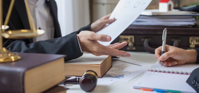 When-entrepreneurs-should-seek-legal-counsel-for-their-small-business