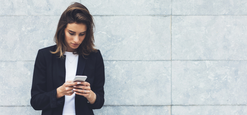 8-jobs-you-can-do-completely-on-your-phone